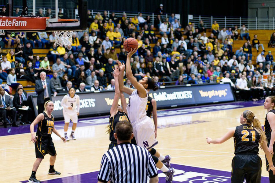 Nia Coffey set a new career-high with 35 points in Thursday's loss to Iowa, but the Wildcats dropped to January games to the Hawkeyes before rebounding with an 8-0 February. Photo credit: Sean Su, Daily Northwestern